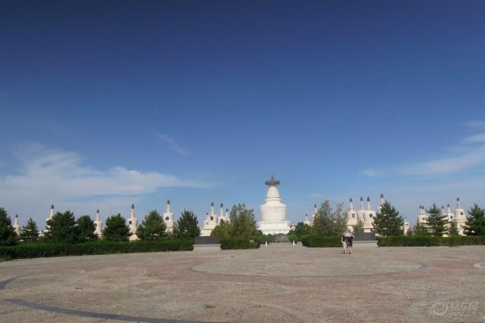白塔寺图片