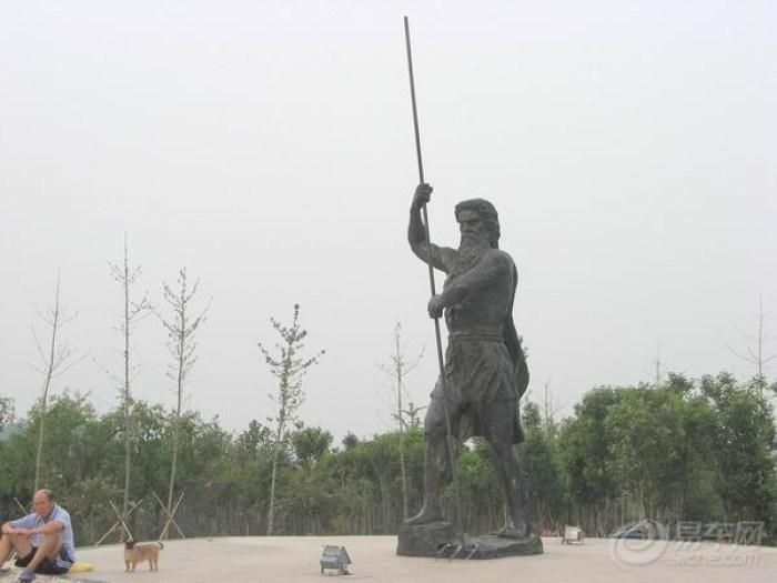 主题世纪风雕塑