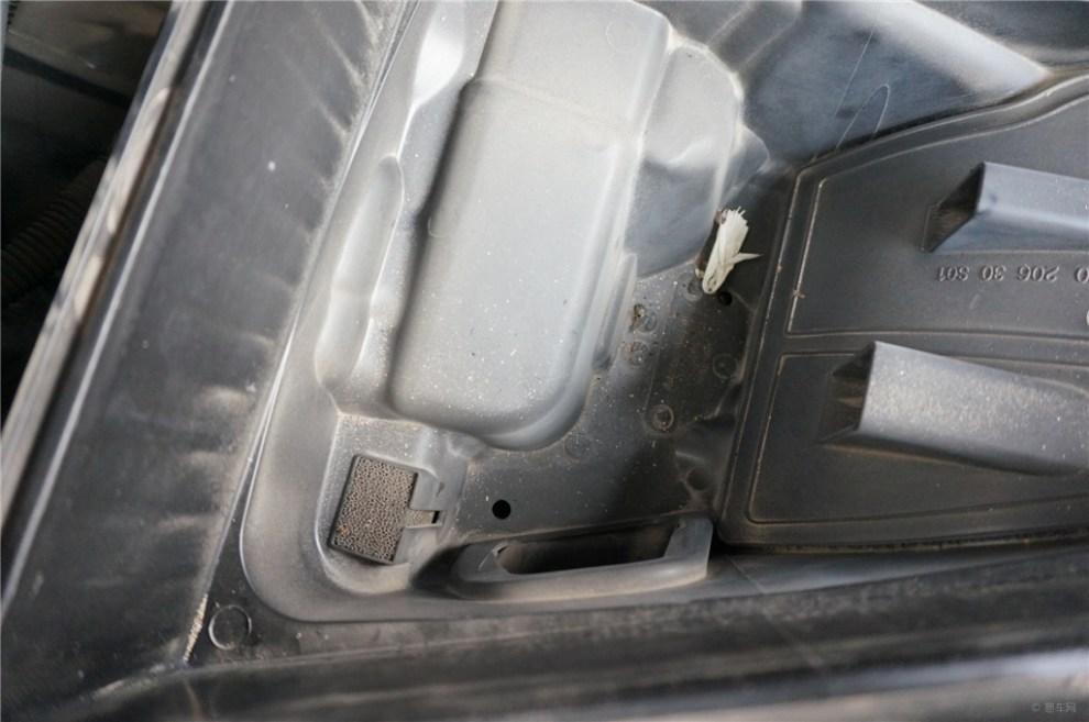 小虎带你分解汽车的咽喉 节气门高清图片