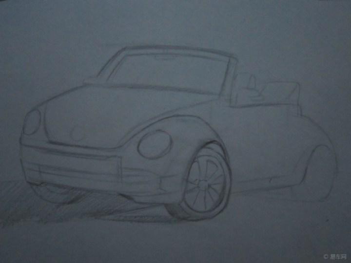 我用黑色的彩色铅笔先画重颜色的地方,车灯远远的就像两只大眼睛.