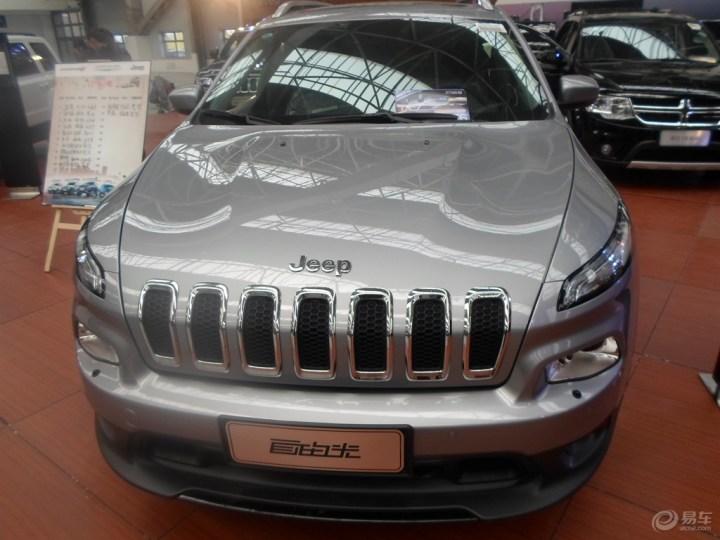 国产2016款jeep自由光降价促销 进口自由光年底钜惠半价高清图片