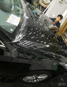 皇冠2.0T黑色运动版提车