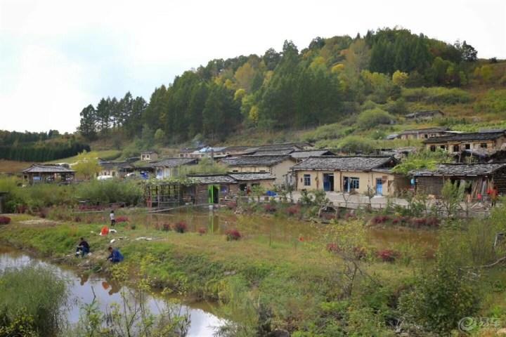 长白之旅,木屋村落