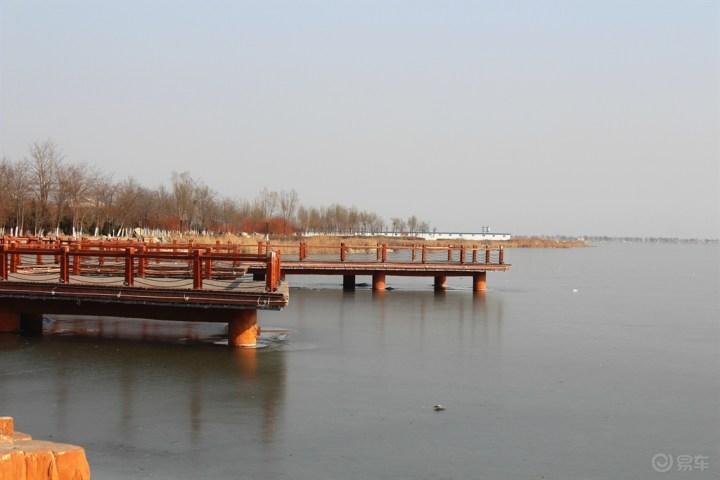 飞足相伴,寒冬中小游星海湖广场