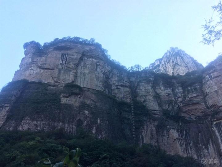 闲暇之余 开着迈腾爬爬山 观观景 呼吸新鲜空气