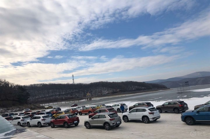 #留任#速腾社区版主-SUV家族冰原驭雪驾控体营