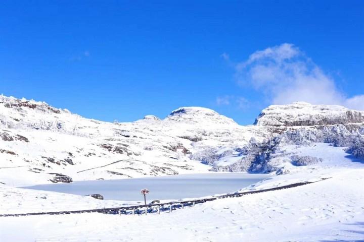 与你们相伴,一起走进白雪皑皑的大山