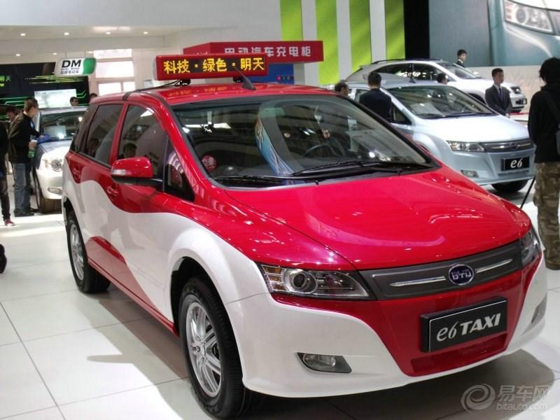 新能源汽车变为现实,比亚迪e6纯电动出租车交付使用高清图片