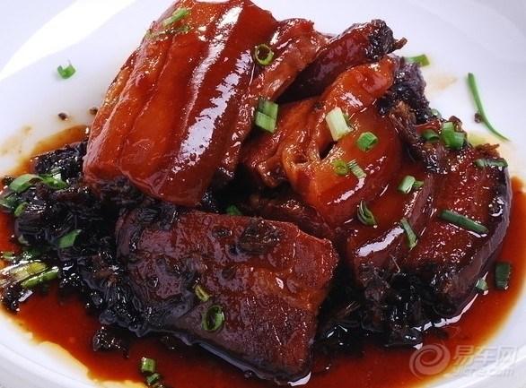 品雪菜扣肉,吃三鲜水饺