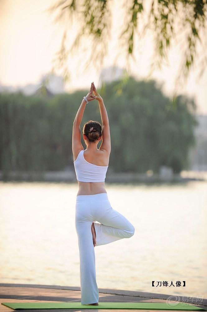 【【锋人像】瑜伽美眉】 摄影论坛图片集锦