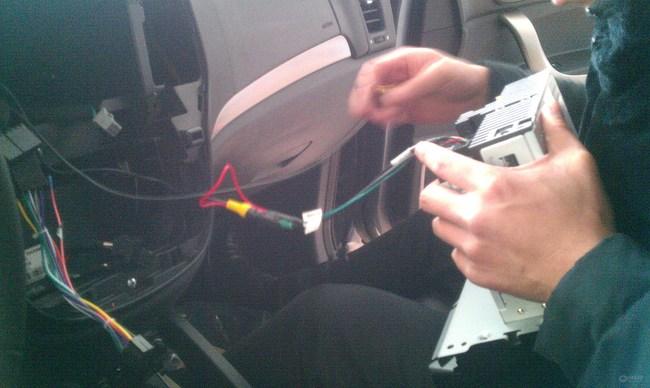 导航显示屏改装外加倒车影像【版主大人