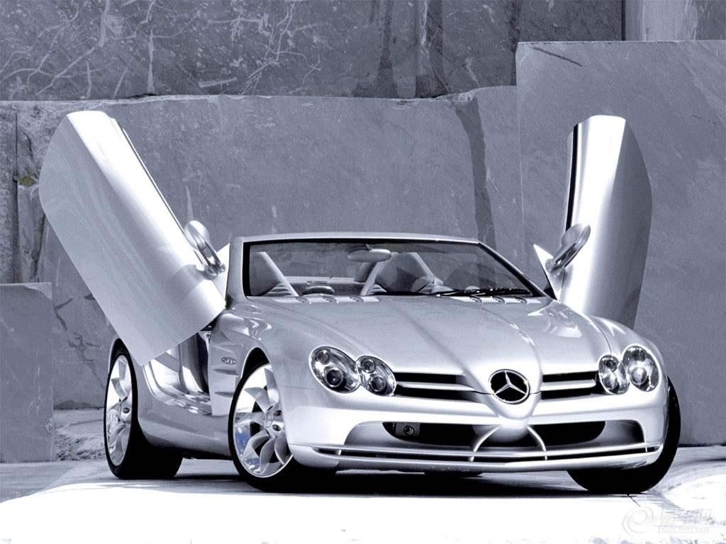 全球十大顶级跑车之一,奔驰SLS级AMG带来最震撼的视觉盛宴